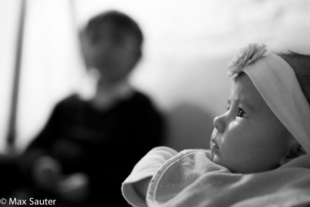 Le regard plein d'amour d'Adèle pour sa maman 2